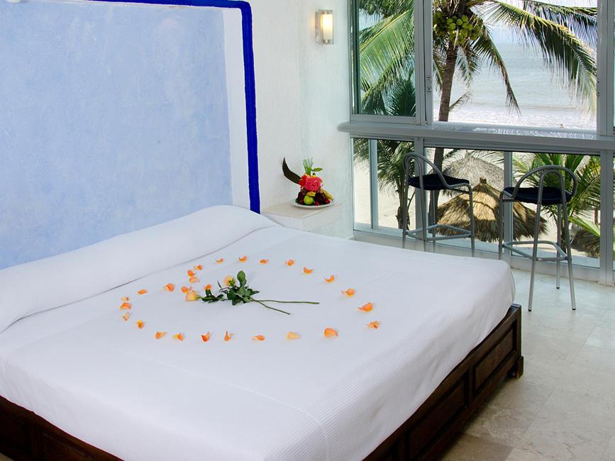 Romantic Escape offer at Hotel Villa Varadero