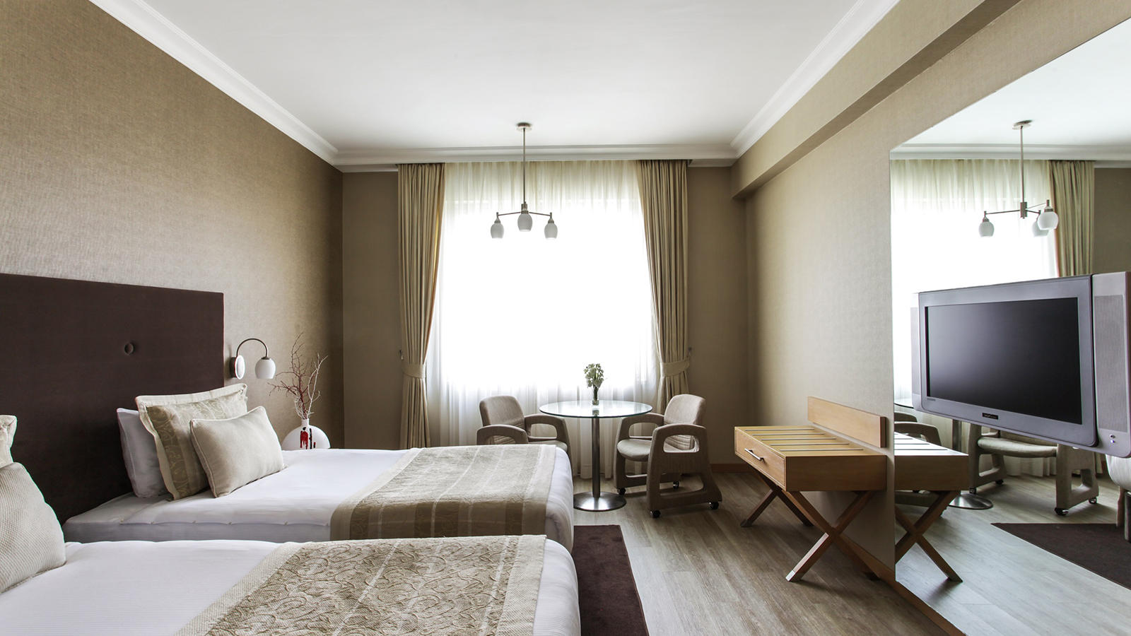 WOW Airport Hotel Standard Room Twin Bed at Wow Hotels Group