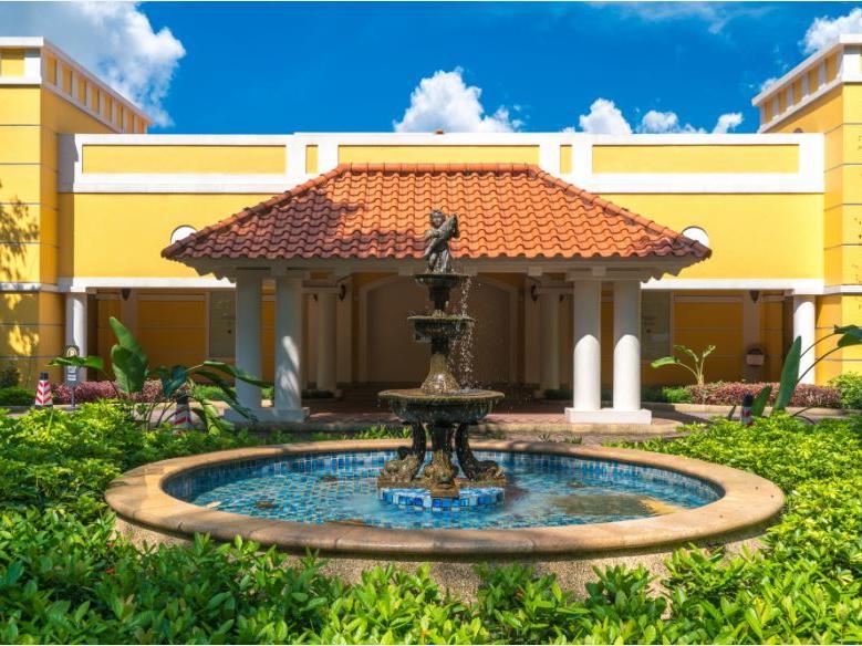 Water fountain at Artyzen Grand Lapa Hotel Macau