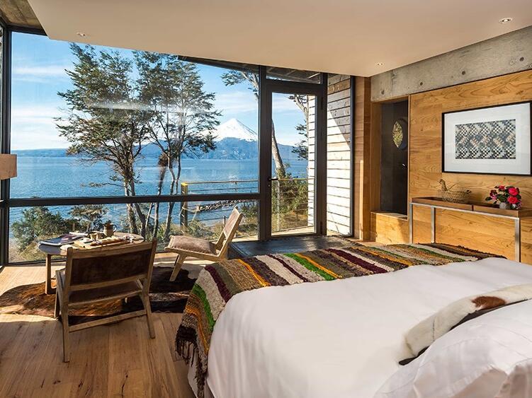 combine The Singular Hotels - AWA Puerto Varas