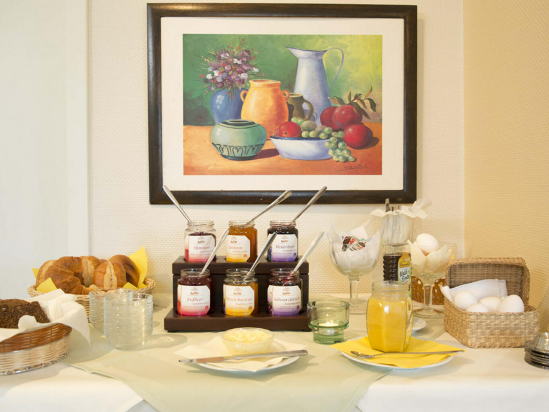 Sparkling Breakfast of Residenz Hotel Am Martinsberg