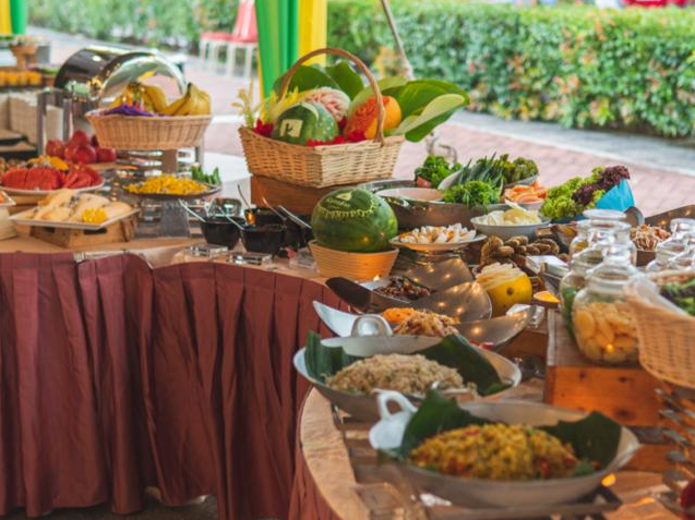 Wide buffet selection at Sajian Selera Tanah Air Ramadan Buffet Dinner