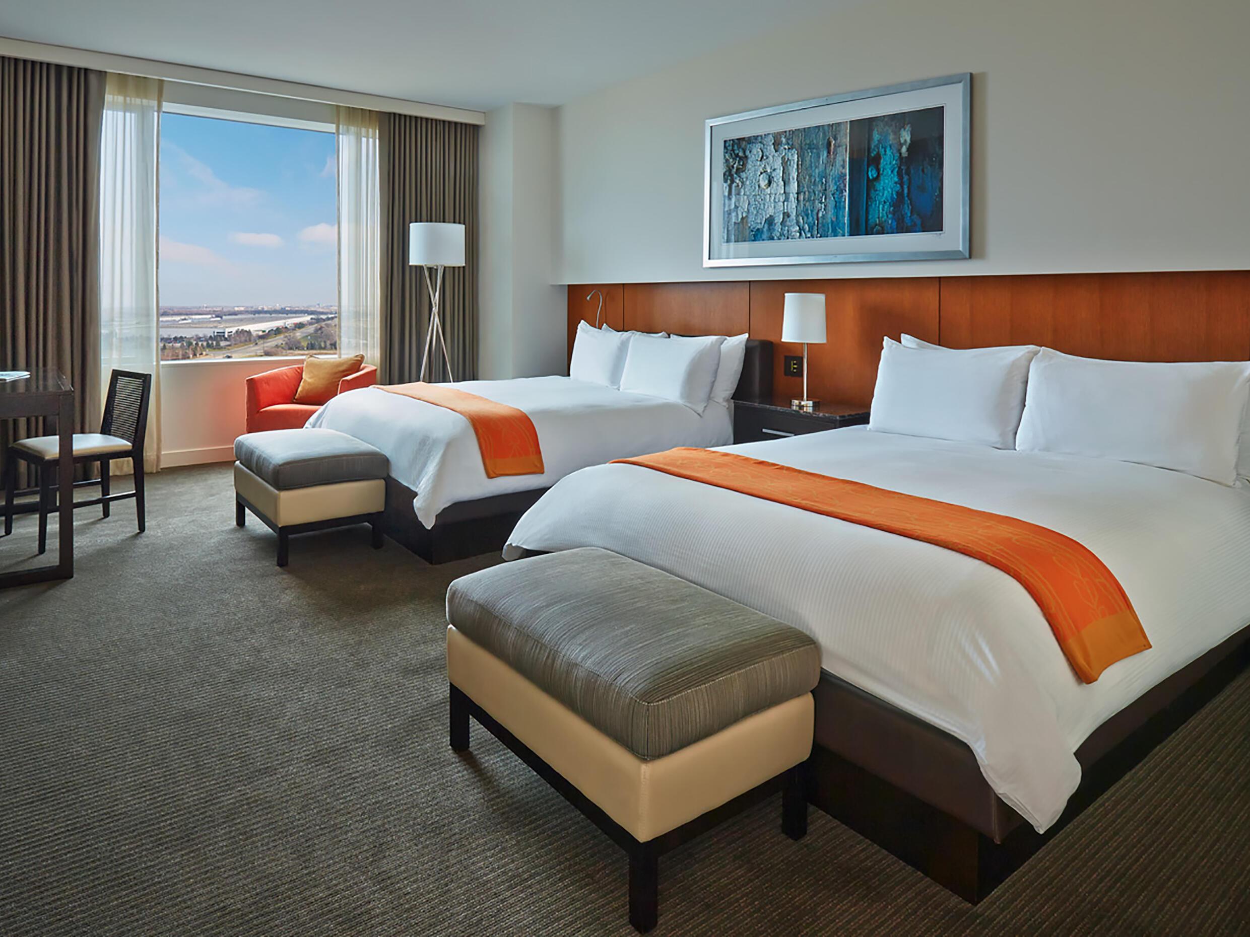 Hotel Arista Guest Room