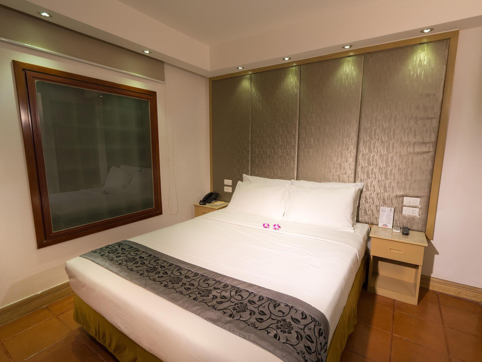 Standard bedroom at Empress Hotel Saigon