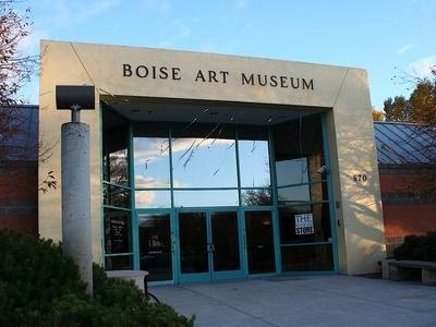 entrance to the boise art museum