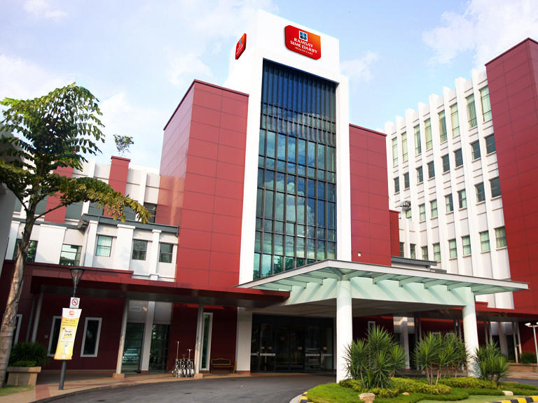 Exterior of Sime Darby Medical Centre Ara Damansara