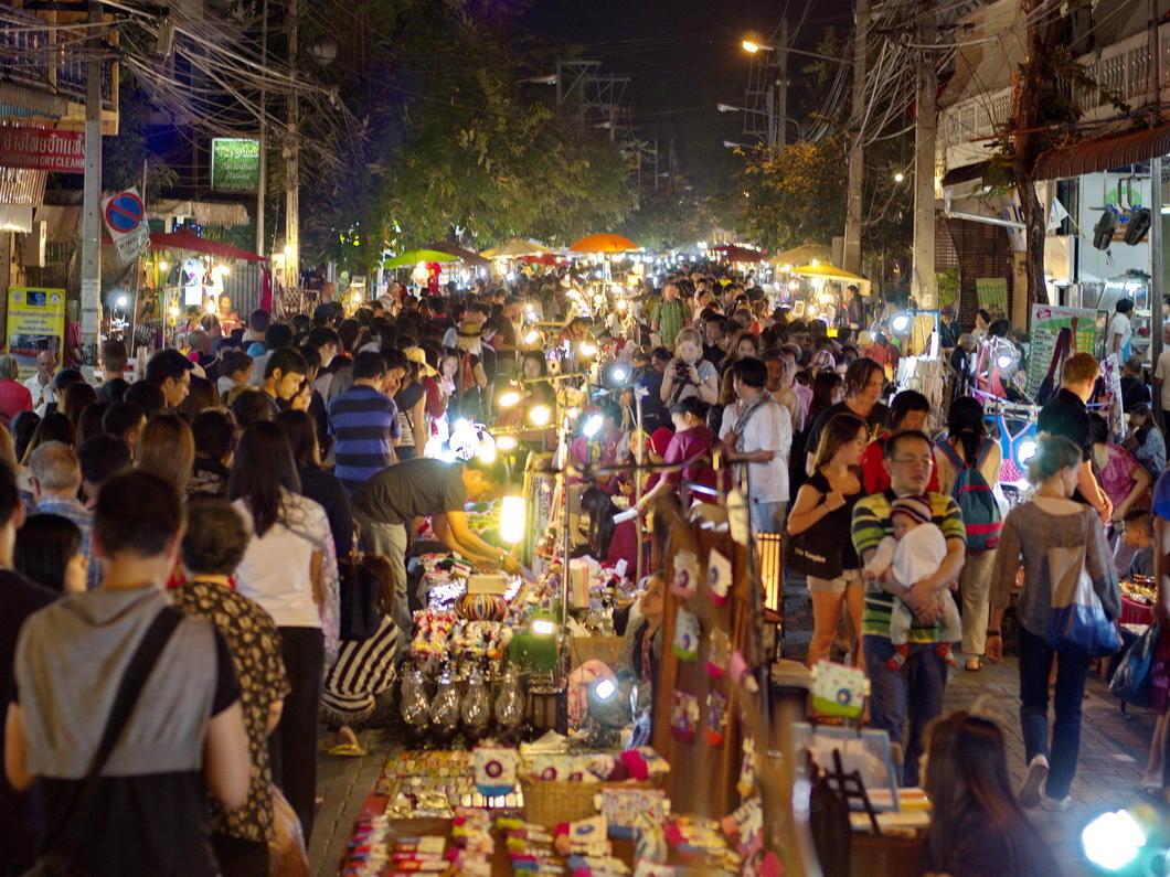 Sunday Walking Street Chiang Mai