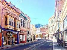 Wide photo of the streets of Bisbee