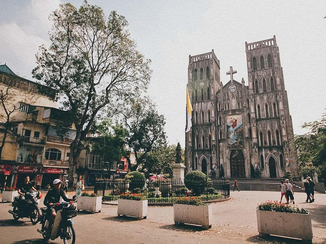 The Old Quarter (Hoan Kiếm) at Hanoi Daewoo Hotel