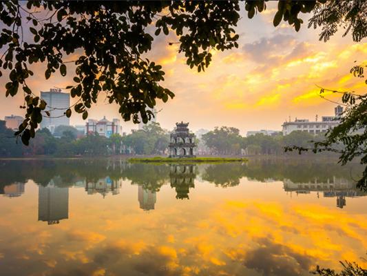 Hoan Kiếm Lake at Hanoi Daewoo Hotel