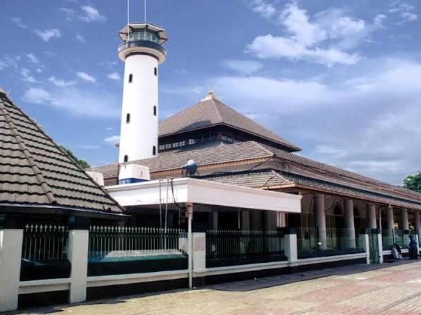 Ampel Mosque in Vasa Hotel Surabaya