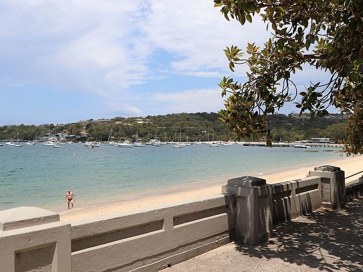 Balmoral Beach next to Silkari Suites at Chatswood