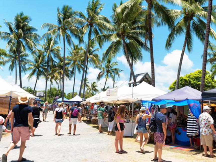 Port Douglas Market near Silkari Hotel Port Douglas