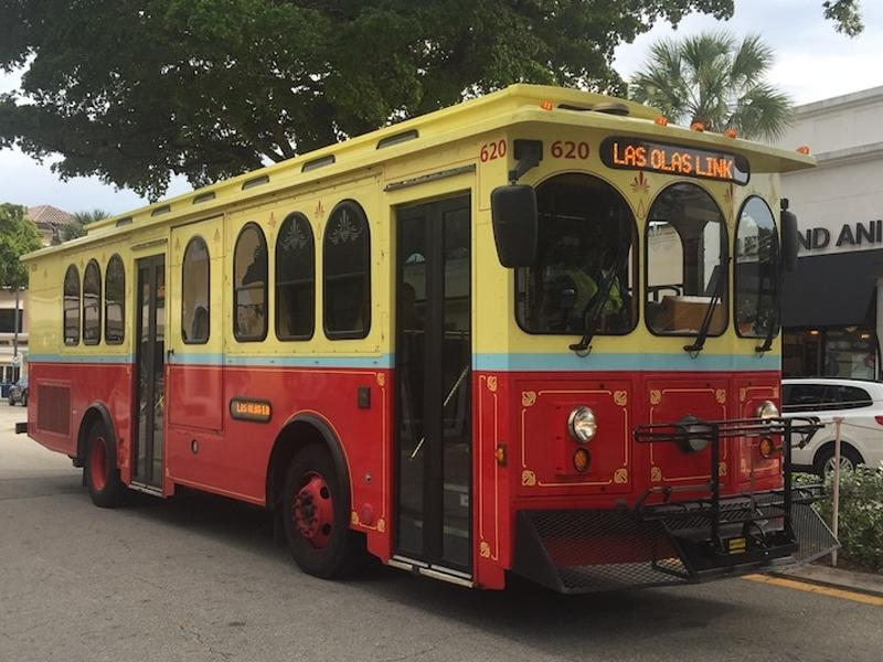 trolley bus with las olas destination