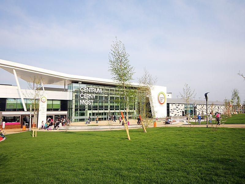 Shopping Mall Cerny Most