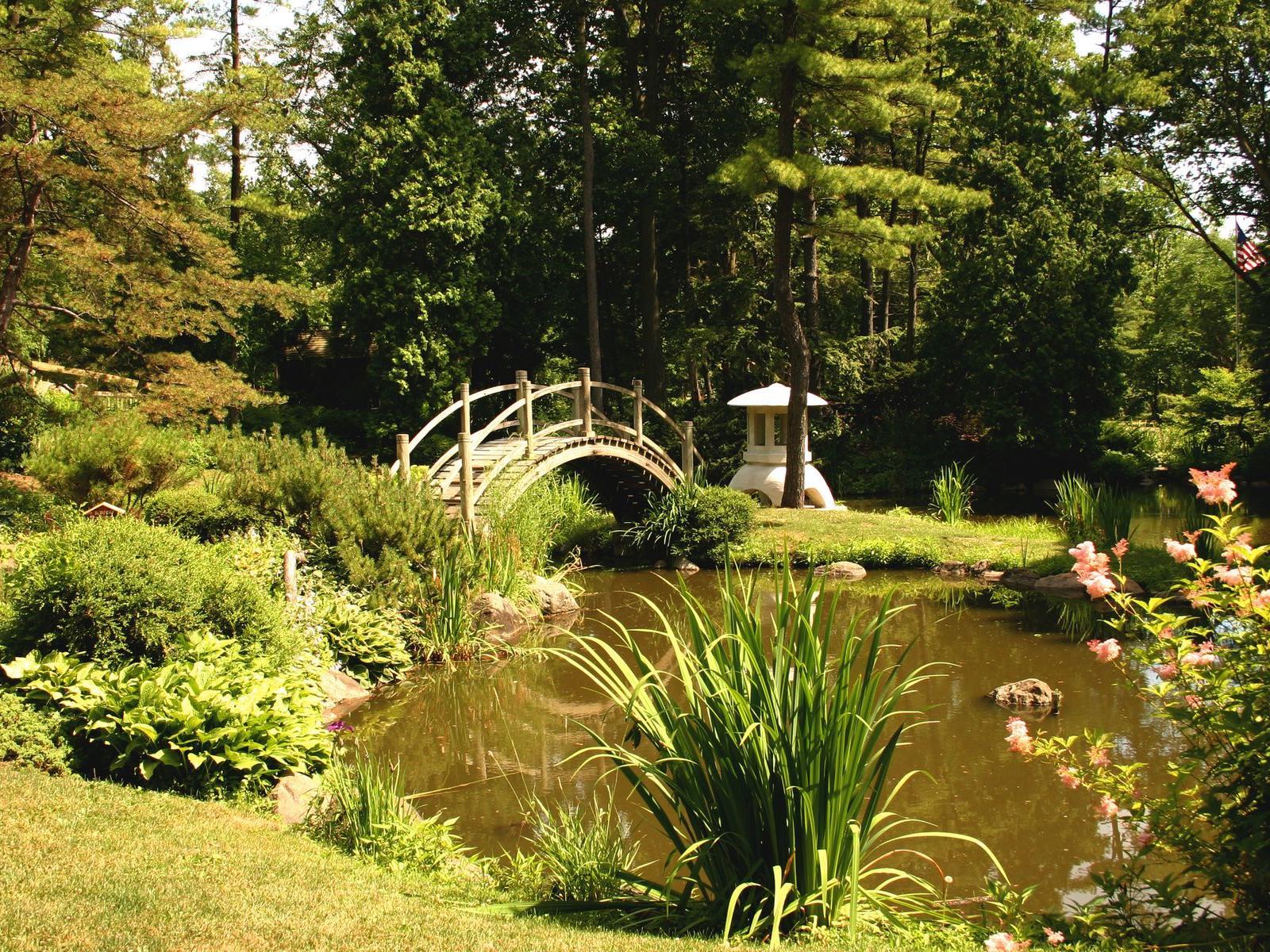 Gardens and bridge