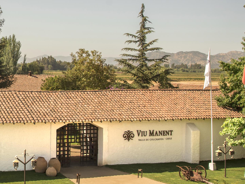 The entrance of Viu Manent Vineyard at NOI Blend Colchagua