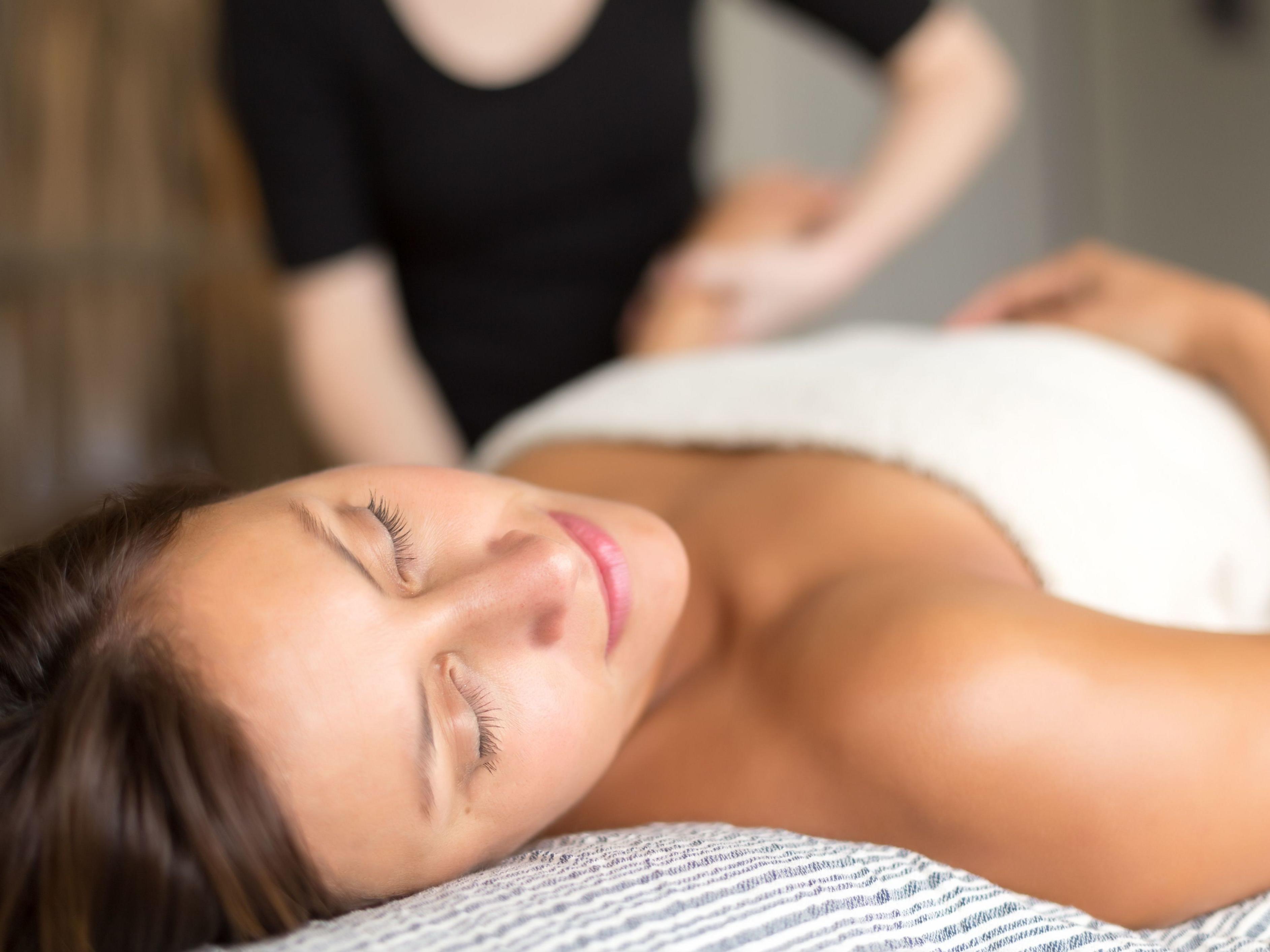 Therapeutic massage in Niseko Japan near Chatrium Niseko Japan