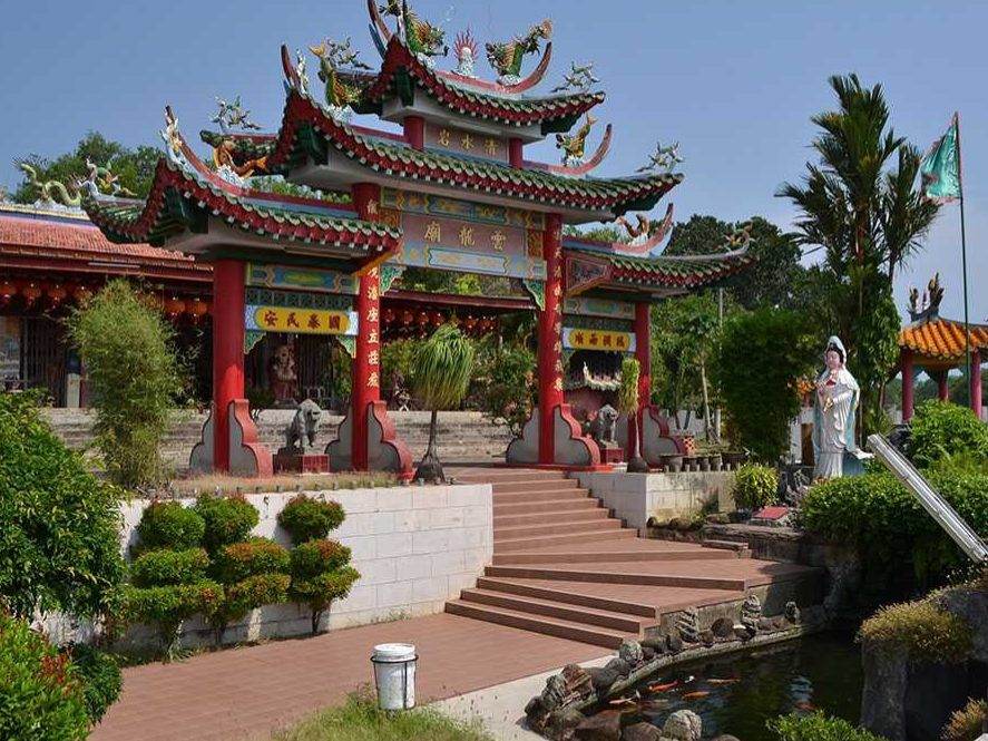 Wan Loong Temple at Port Dickson