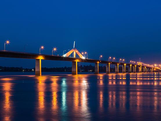 Thai–Lao Friendship Bridge - HOP INN HOTEL