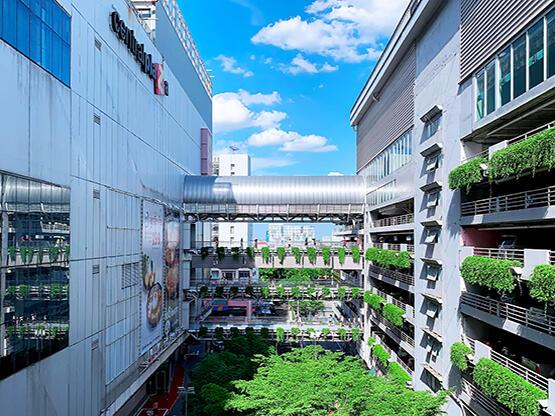เซ็นทรัล แจ้งวัฒนะ (Central Plaza Chaengwattana) - HOP INN HOTEL