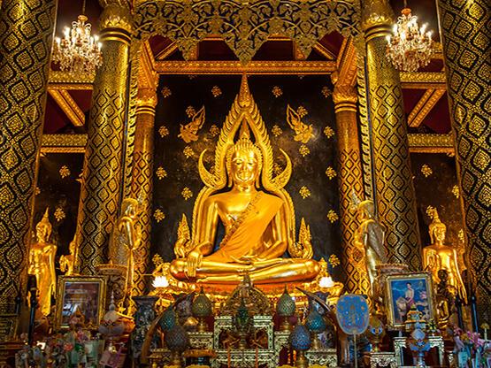 Temple of Wat Phra Si Rattana Mahathat - HOP INN HOTEL