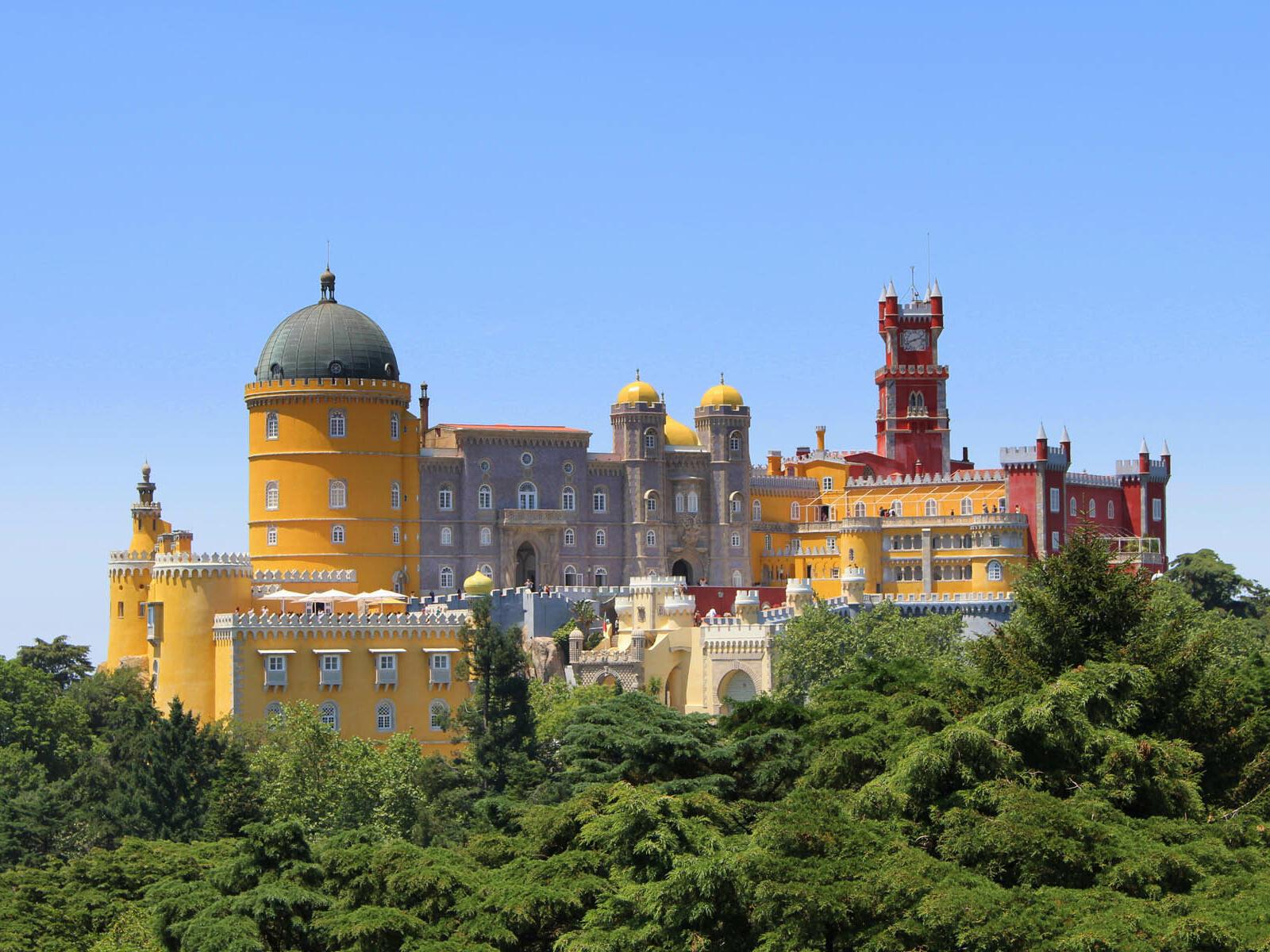 A Historic building in Portugal near Hotel Cascais Miragem