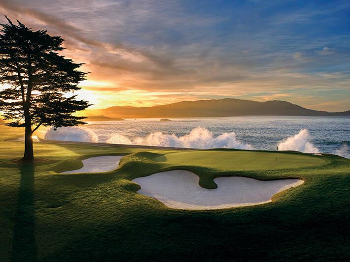 Pebble Beach Golf courses with sand bunkers near Tally Ho Inn