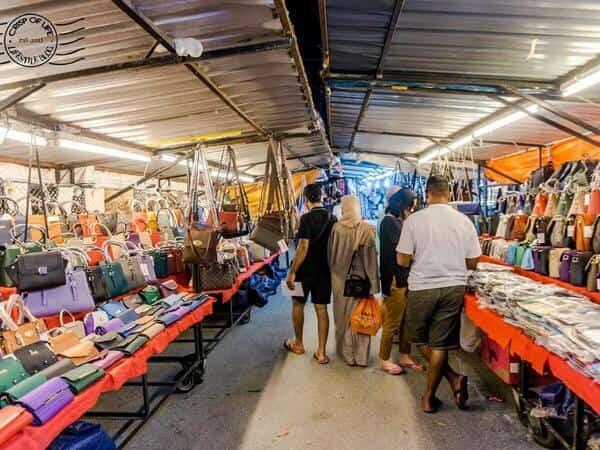 Places of Interest - Batu Ferringhi Night Market in Penang