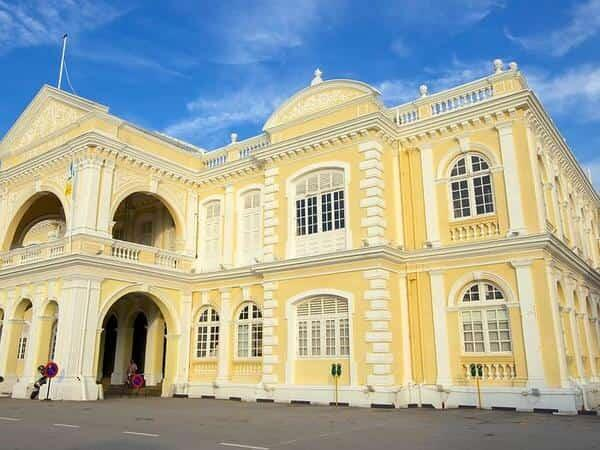 Places of Interest - City Hall Esplanade Penang
