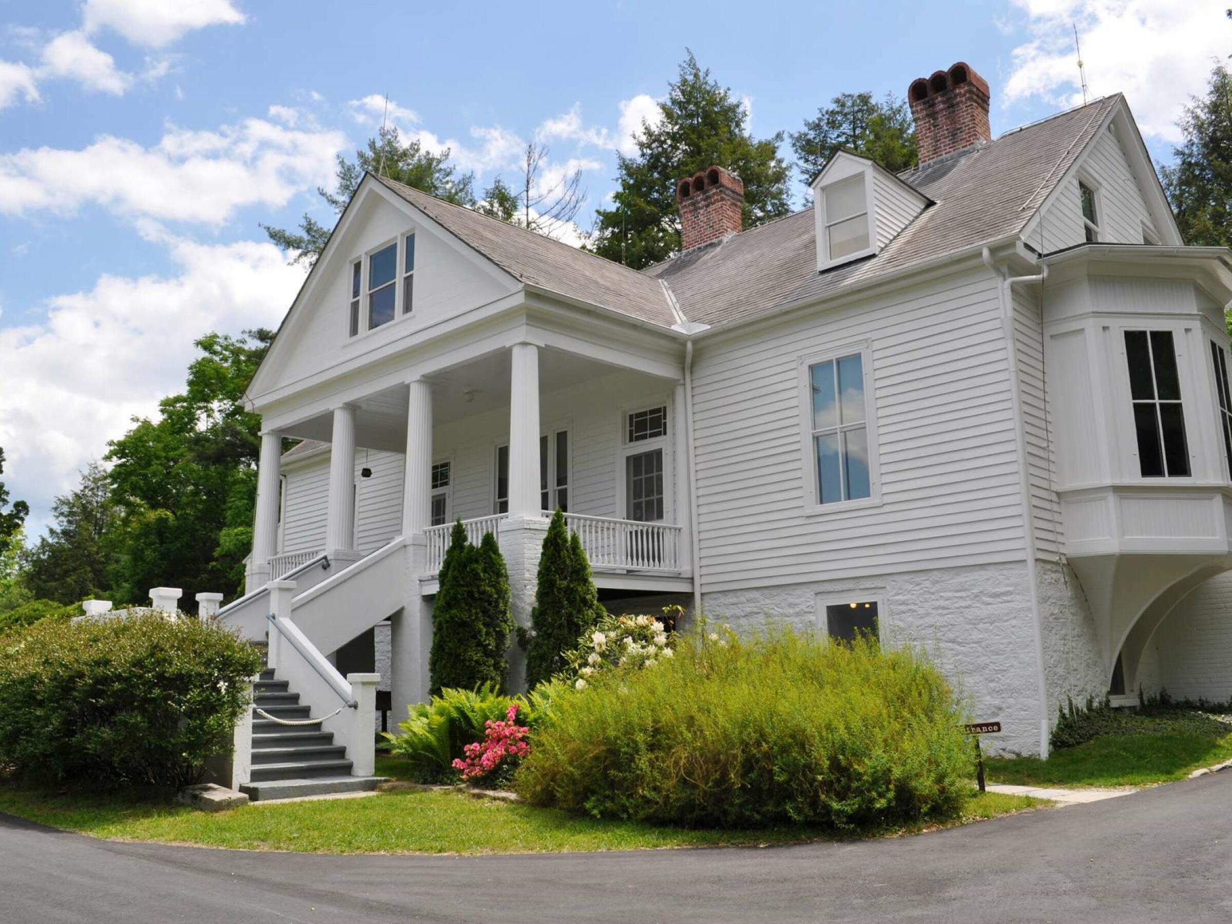 Exterior view of Carl Sandburg Home near Mountain Inn & Suites