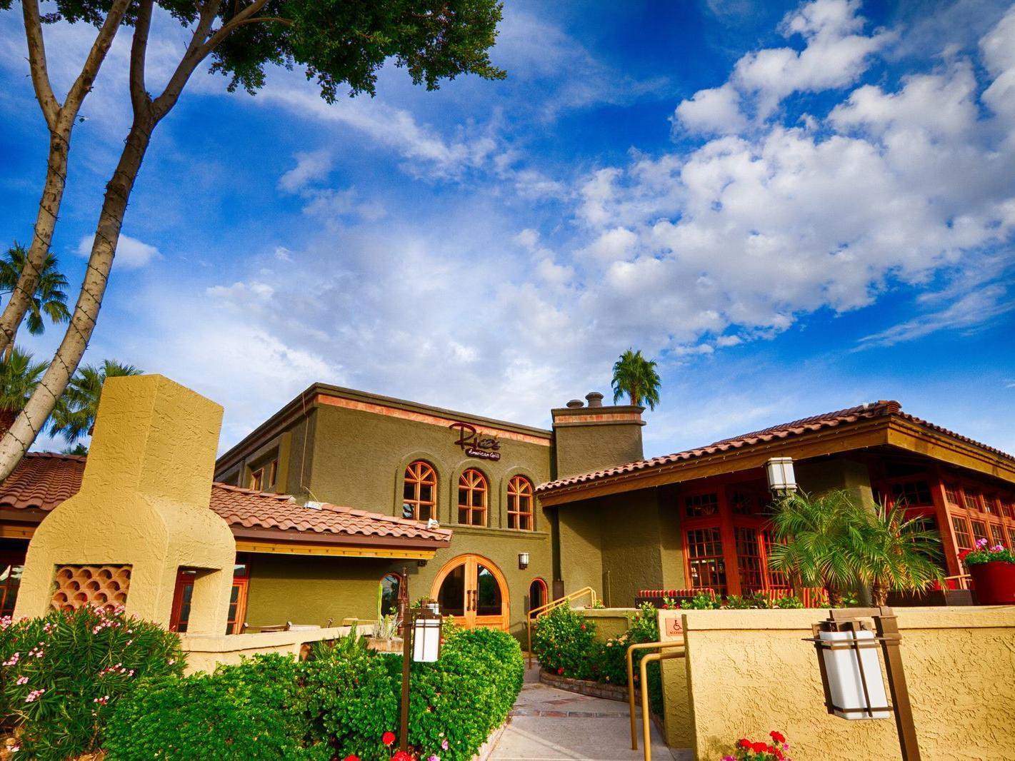 Dining And Restaurants In Phoenix Az Pointe Hilton Squaw