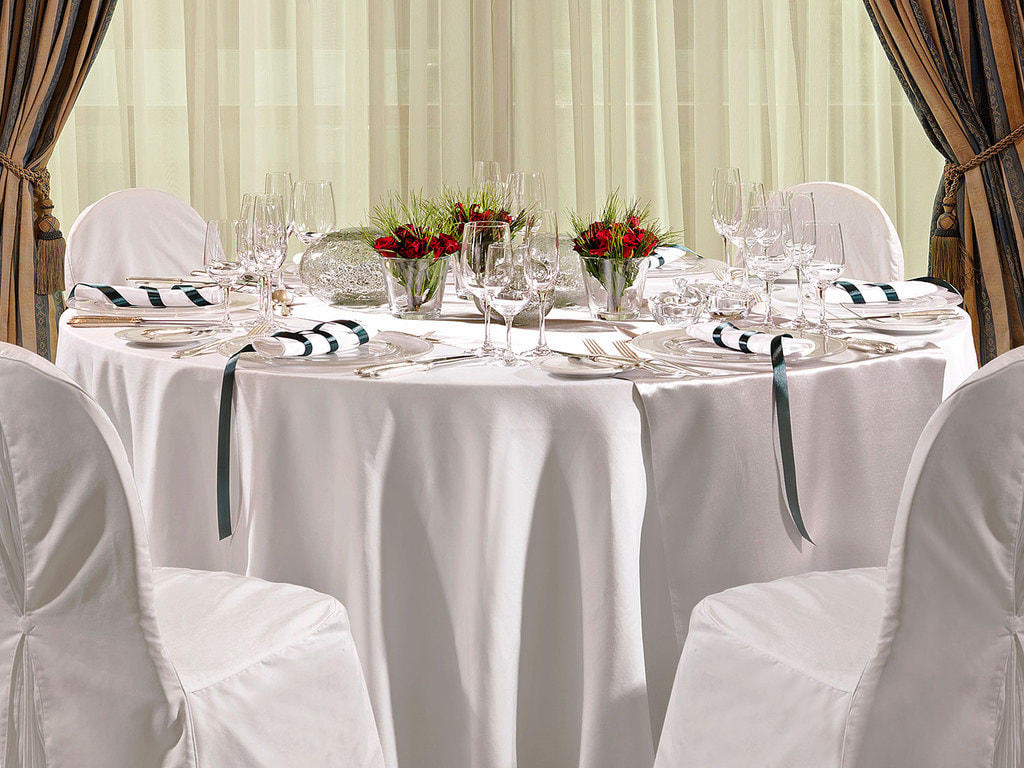 White Banquet NJV Athens Plaza