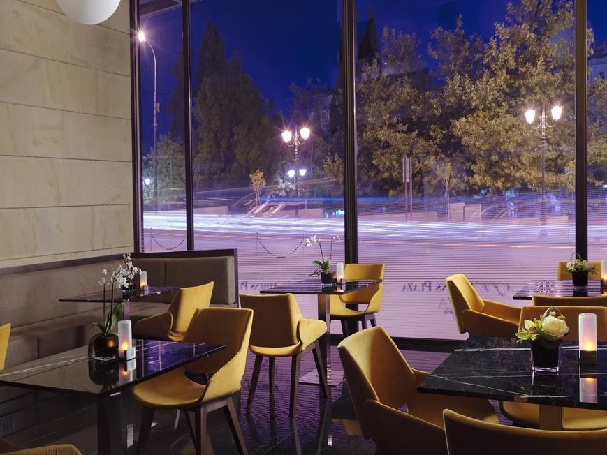 Plaza Cafe Night NJV Athens Plaza