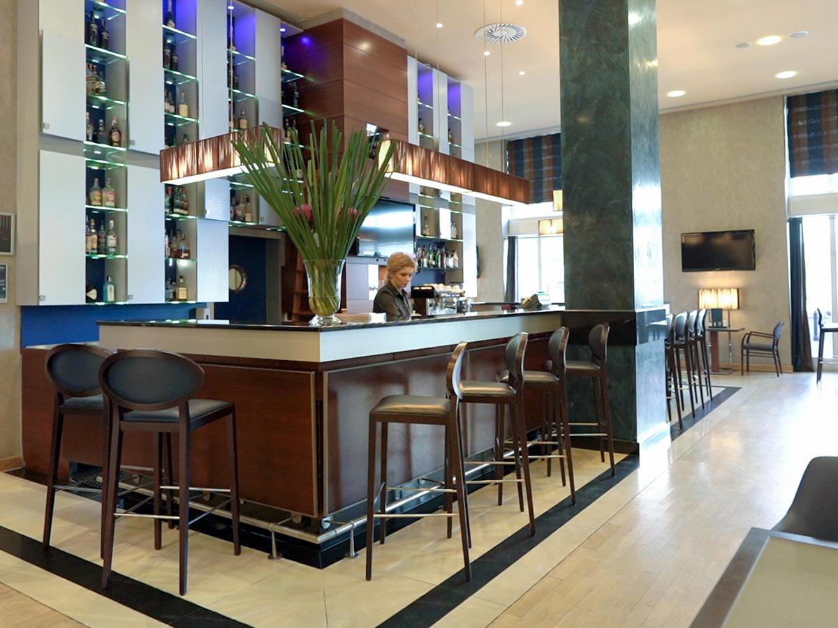 Polonia Palace Lobby Bar