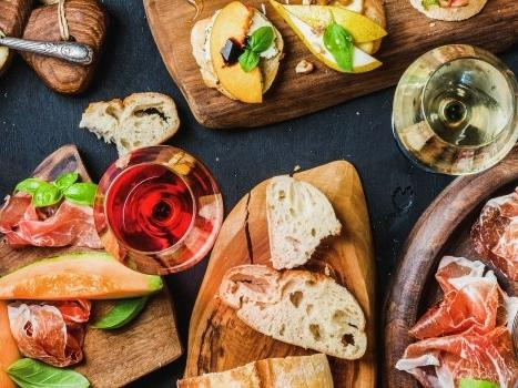 appetizer plates with bread, veggies and vegetables