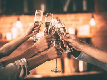 toast with champagne glasses