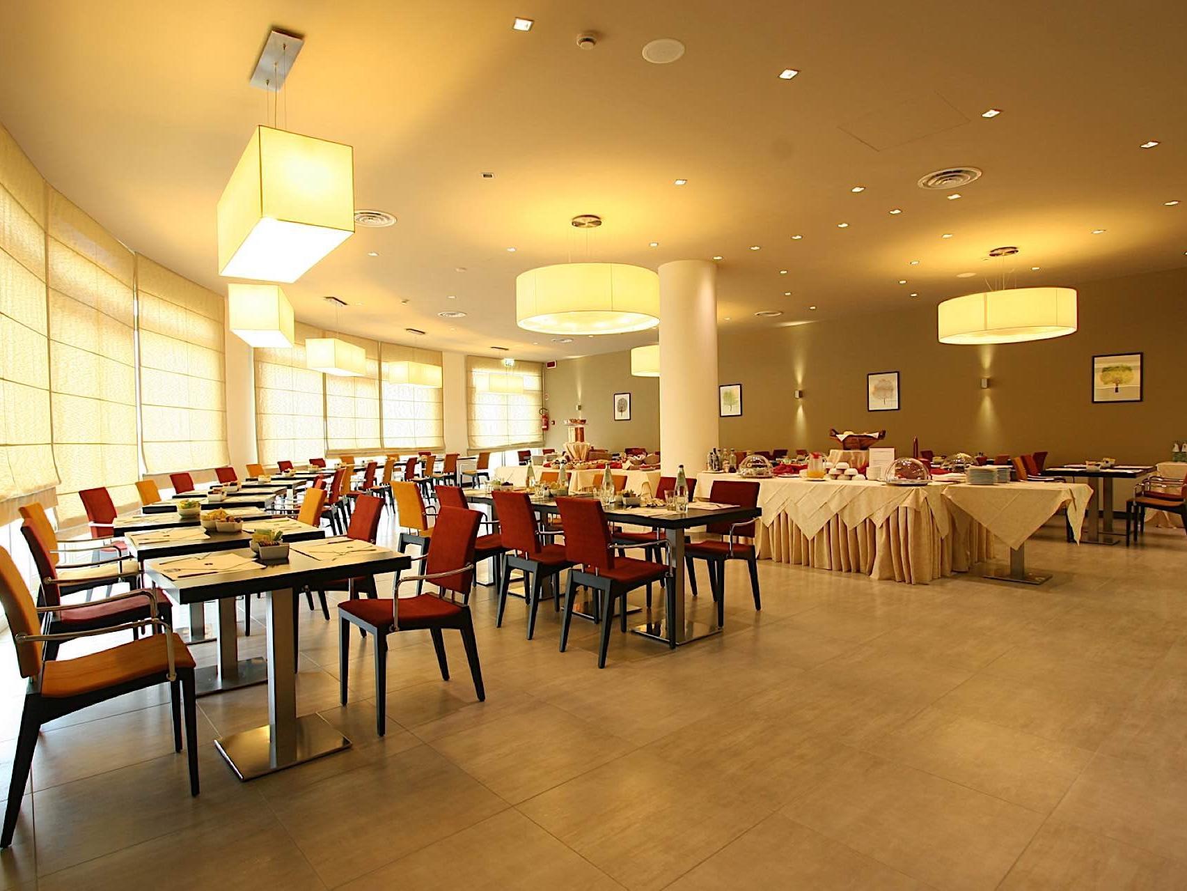 Breakfast Room | Hotel Cesena Nord