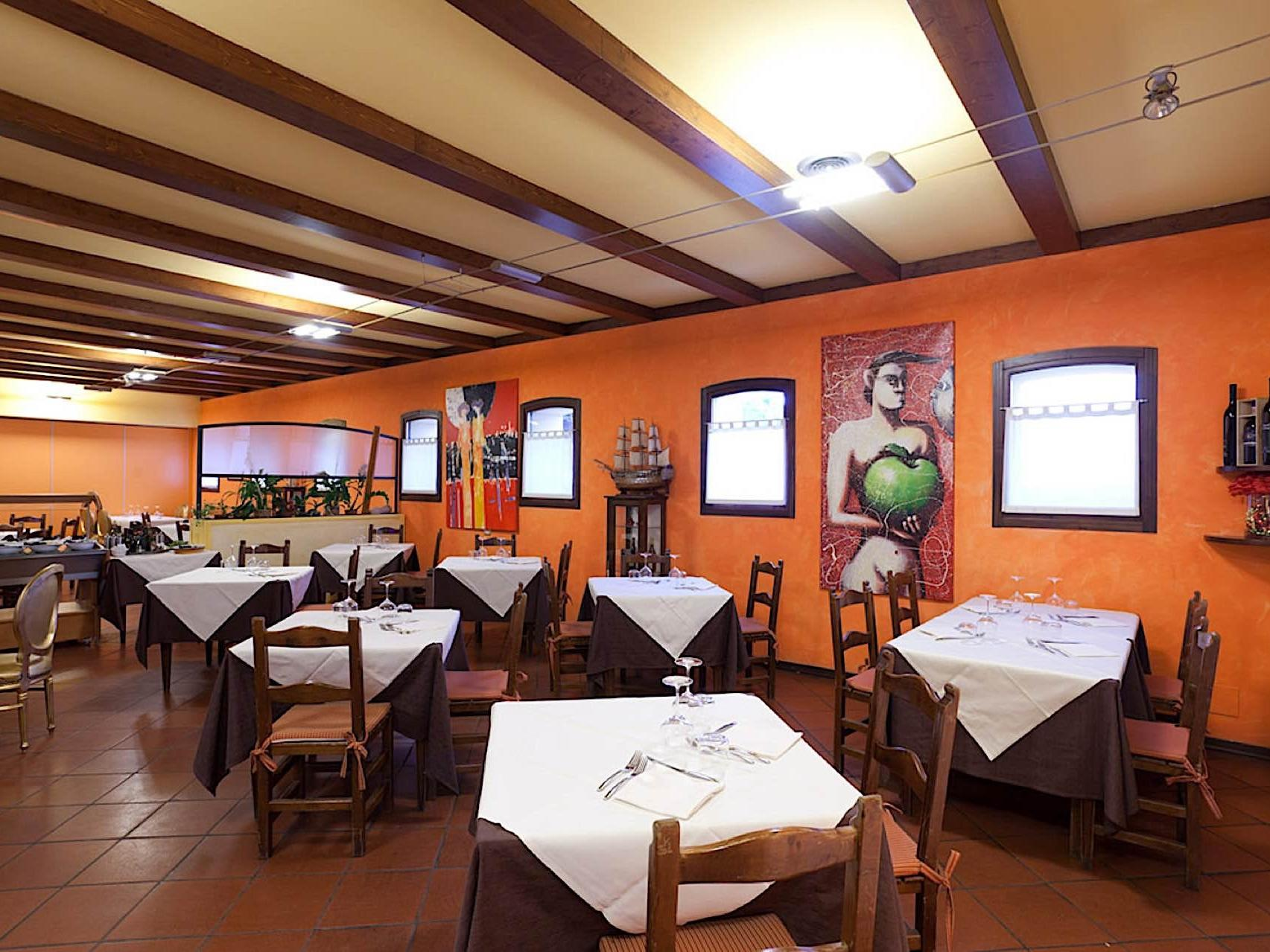 Restaurant | Hotel Occhiobello