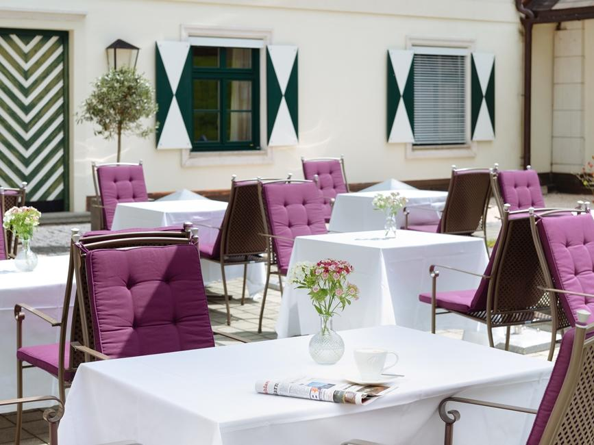 Terrace Restaurant Zirbe at Schloss Pichlarn