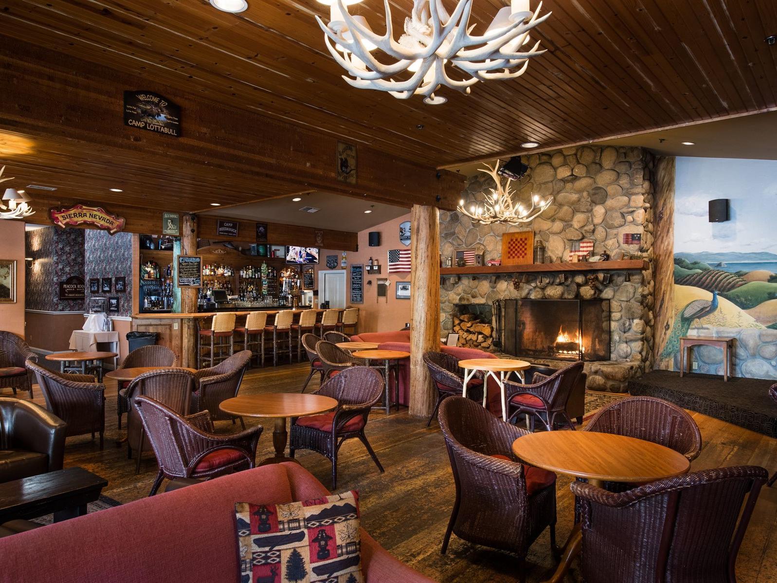 Dining At Moonstone Beach Restaurants Sea Otter Inn