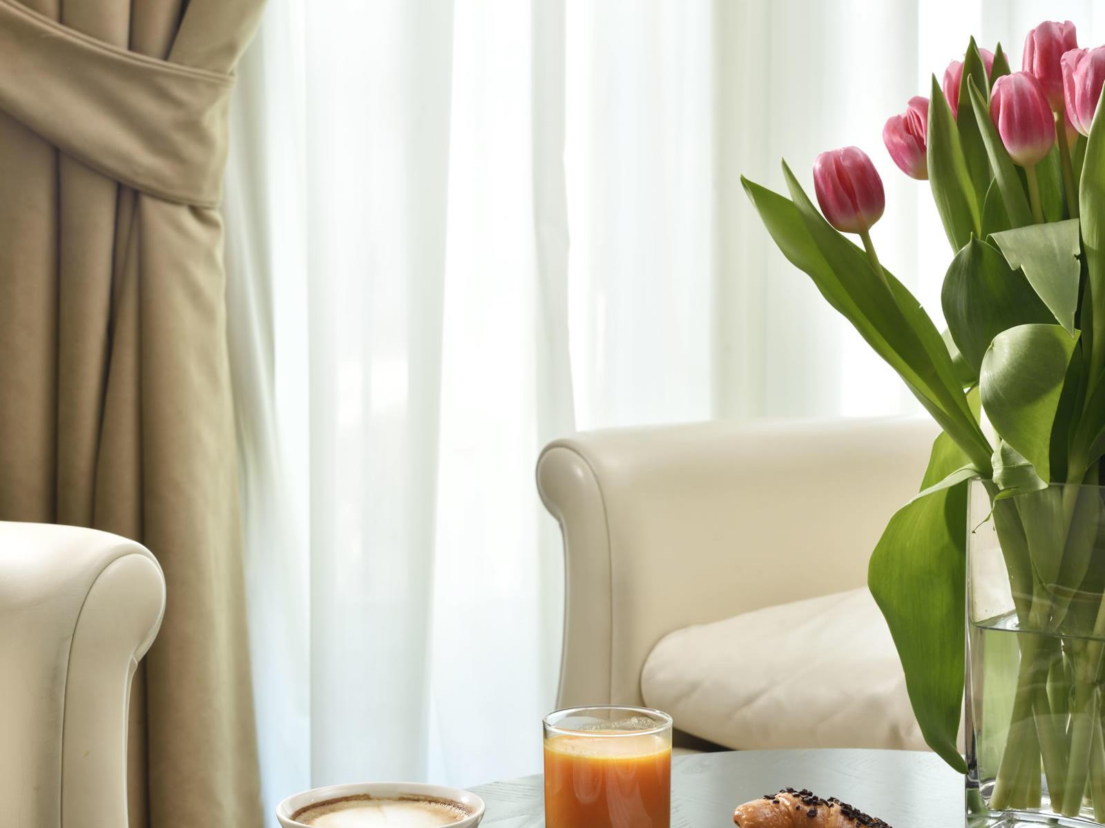 Room Service   Maison Milano UNA Esperienze