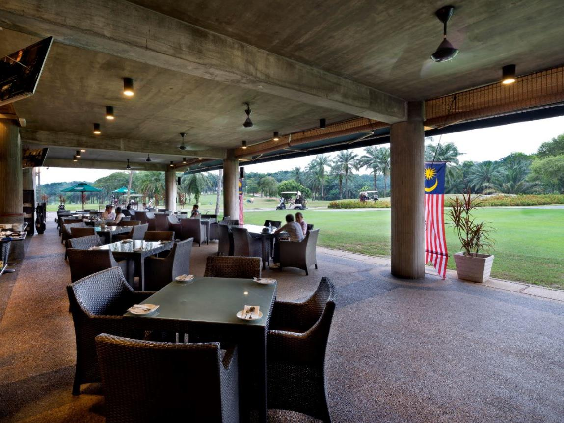A view of Golfer's Terrace outdoor dining at The Saujana Hotel Kuala Lumpur