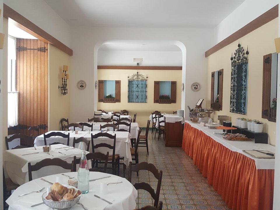 Sala Spagnola hotel Massimo D'Azeglio