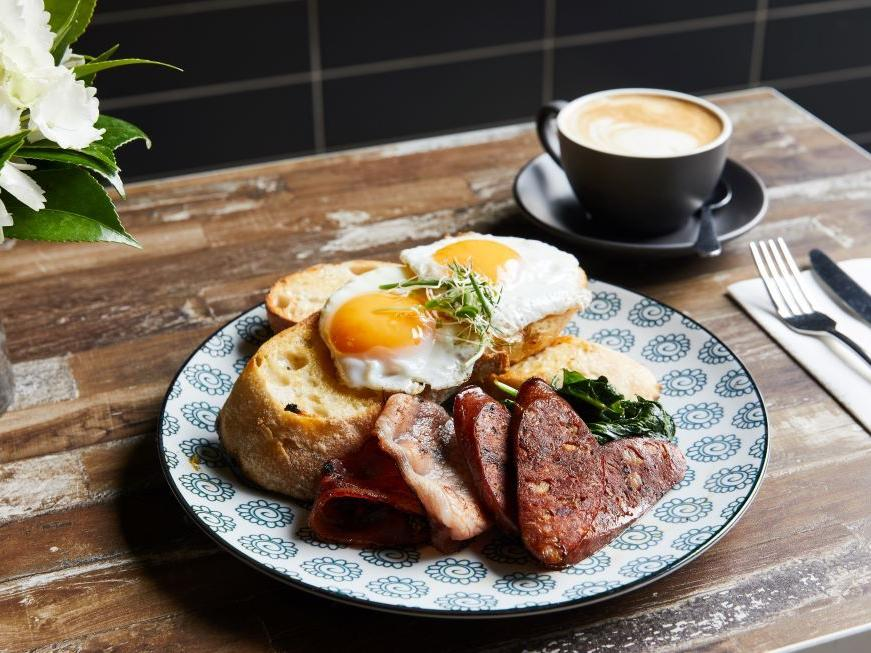 Full breakfast at Brady Hotels Central Melbourne