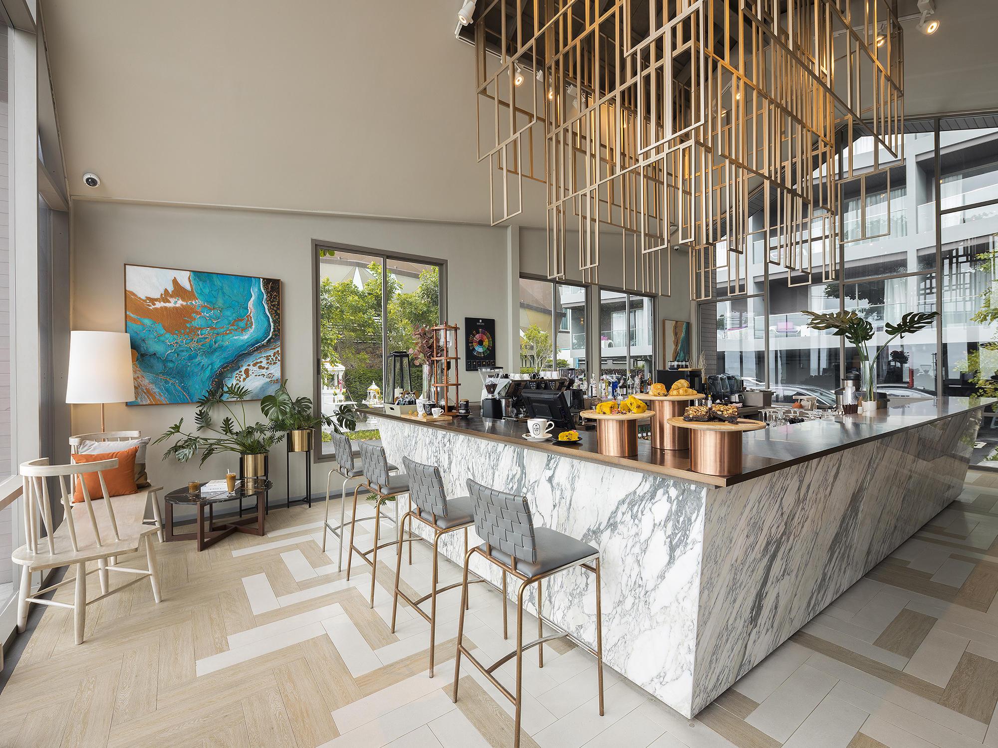 Cafe Bar by SALT at U Hotels and Resorts