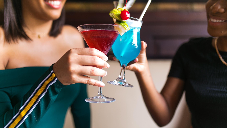 Mingles Bar & Lounge
