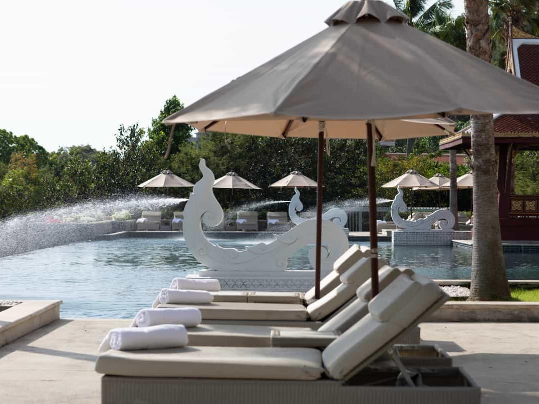 Sun-chairs and pool at Pool Terrace