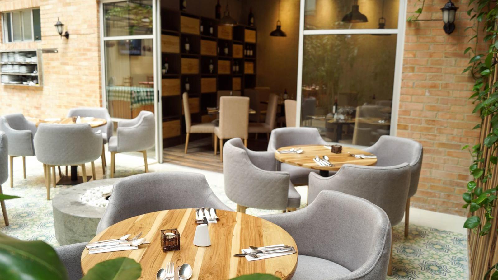 Cava Restaurante Planta Hotel Factory Green