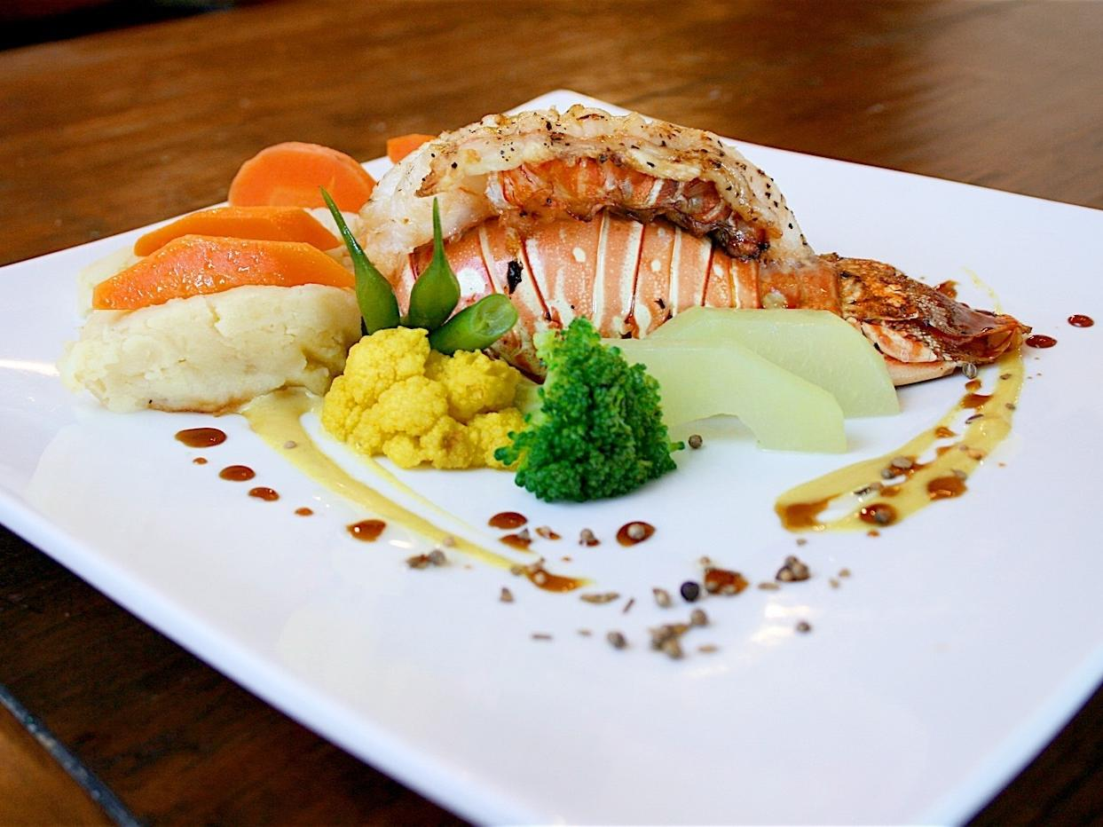 lobster with vegetables